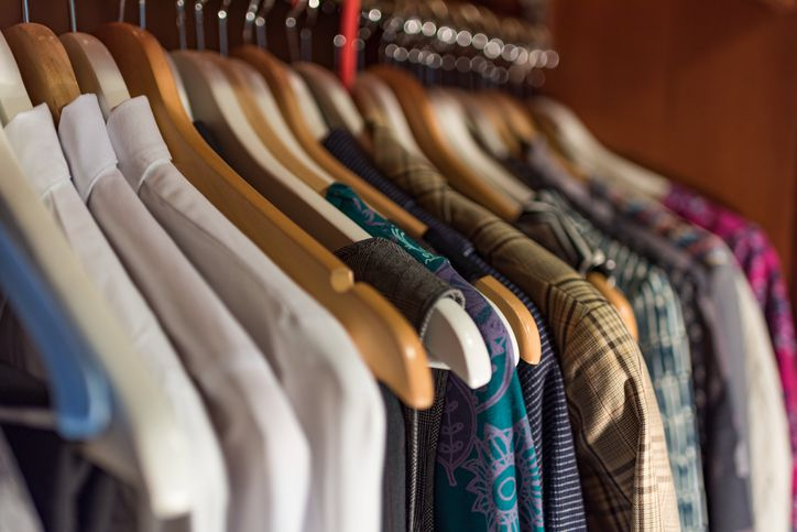 hangers-closet