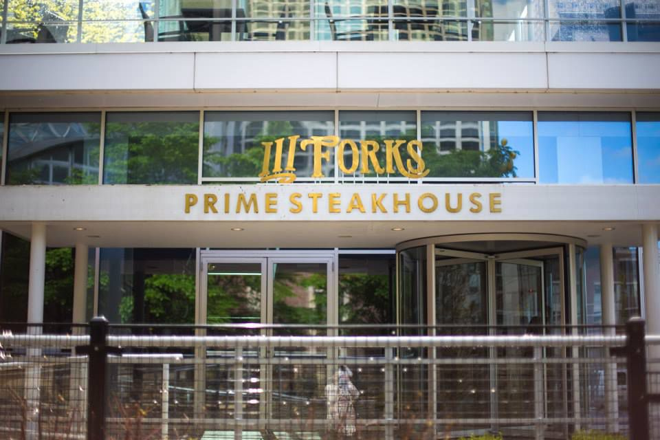 Chicago S Trendiest Steakhouses For Meat Lovers