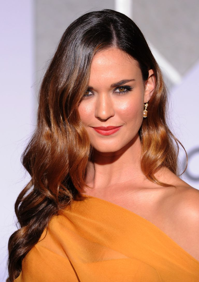 the tips every brunette should know about hair color