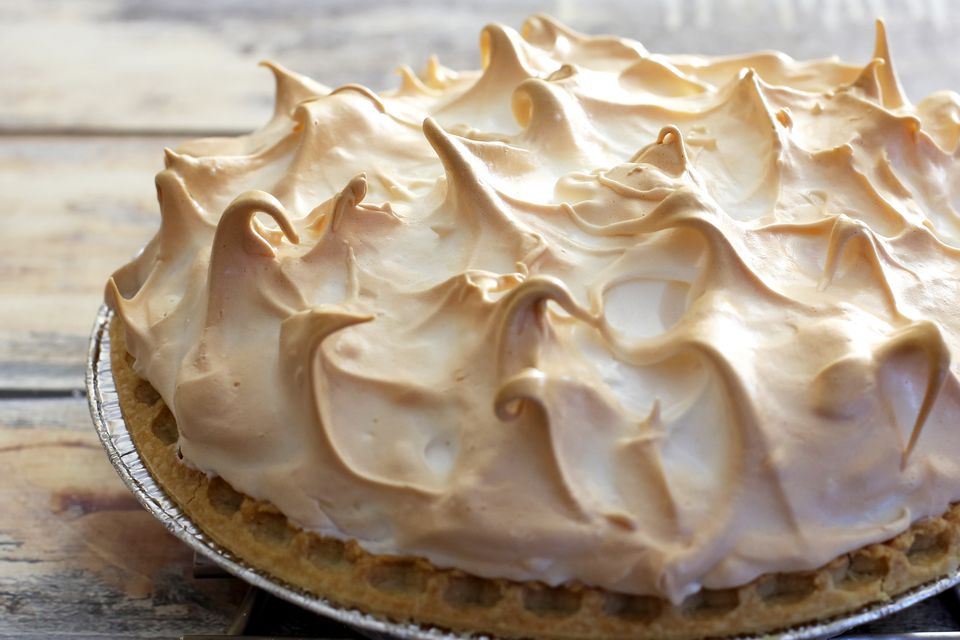 pecan cream pie with meringue topping