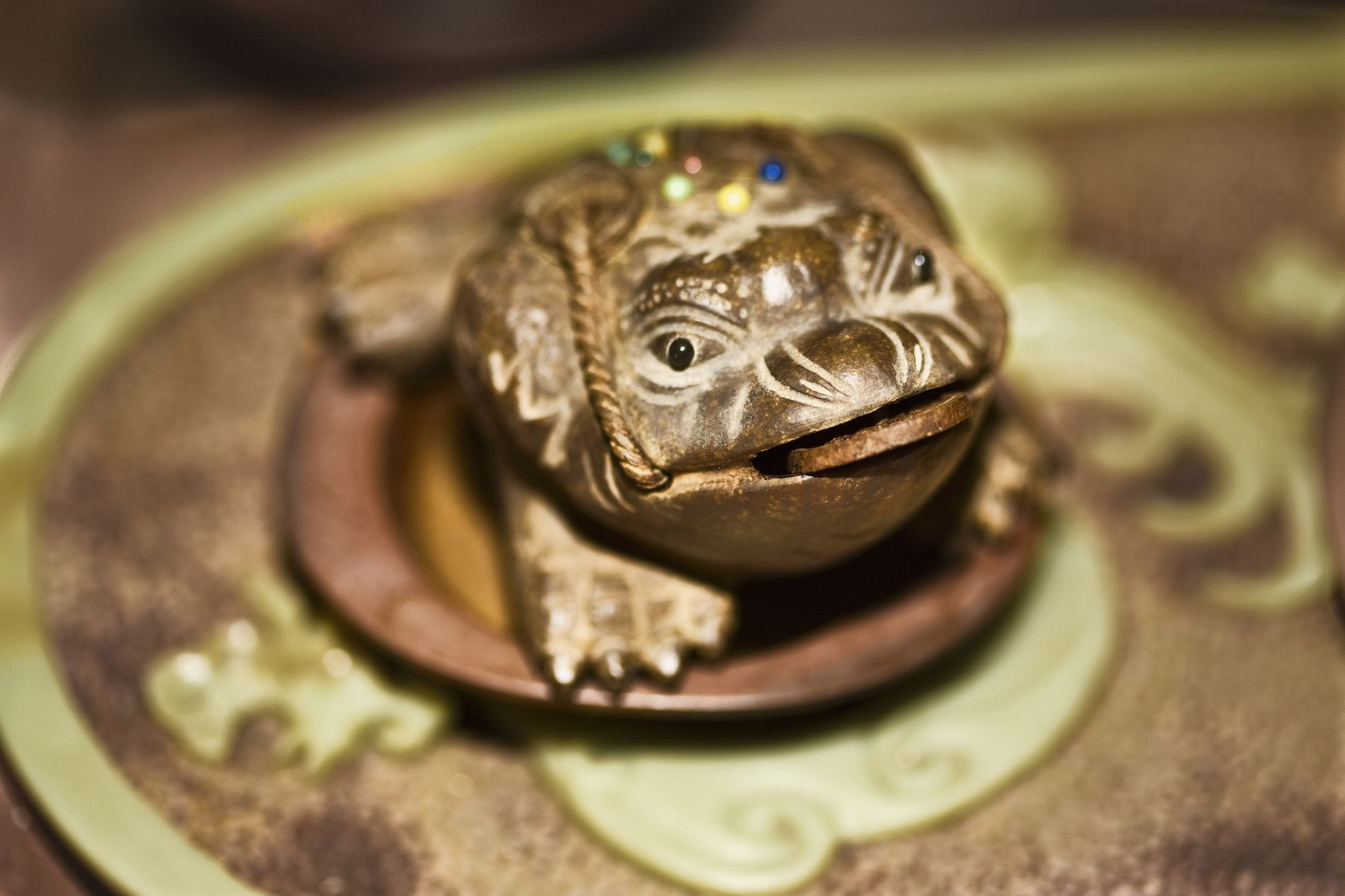 How To Place Your Feng Shui Money Frog