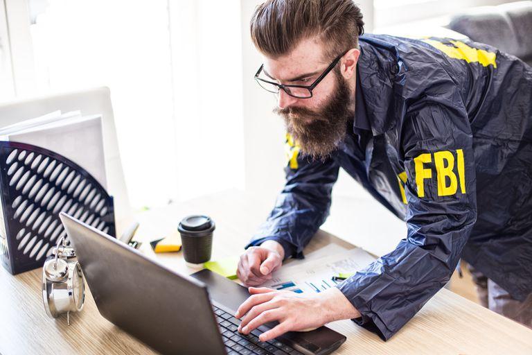 FBI agent investigating hacks