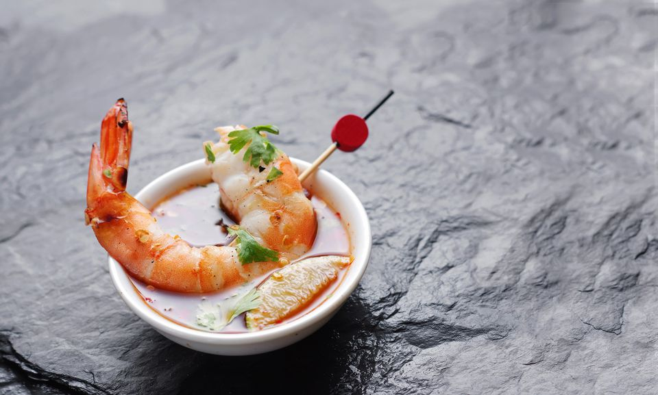 Grilled shrimp in savory sauce