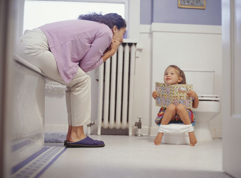 mother and daughter pottytraining