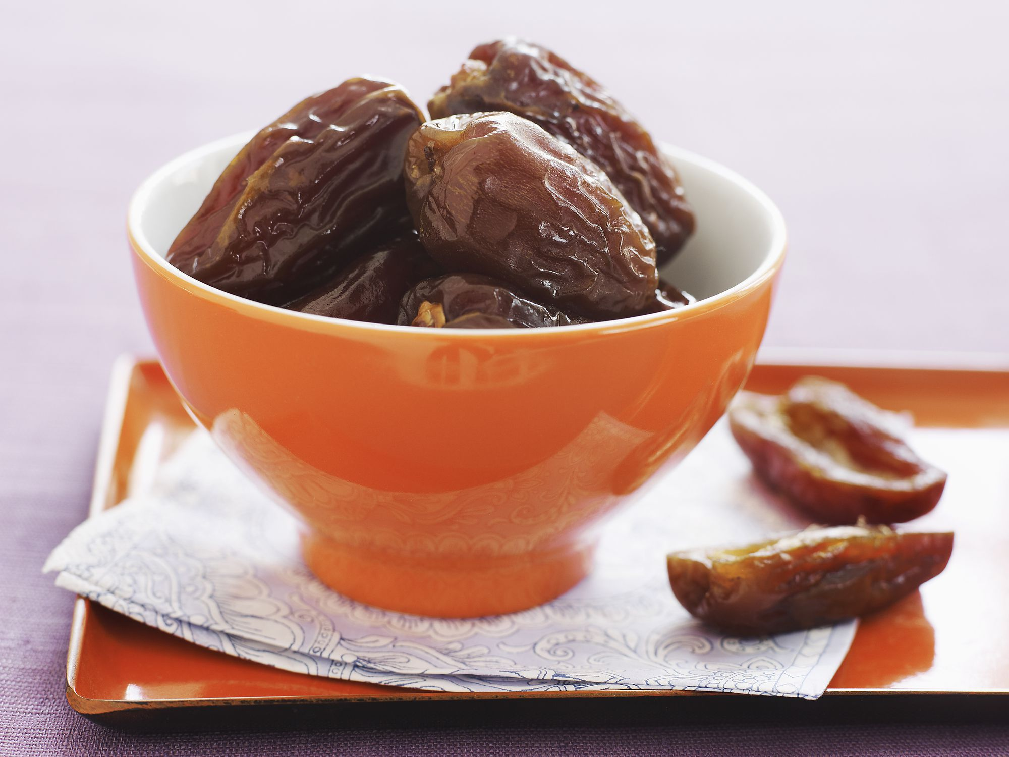 Fresh Amp Dried Dates How To Choose Store And Use