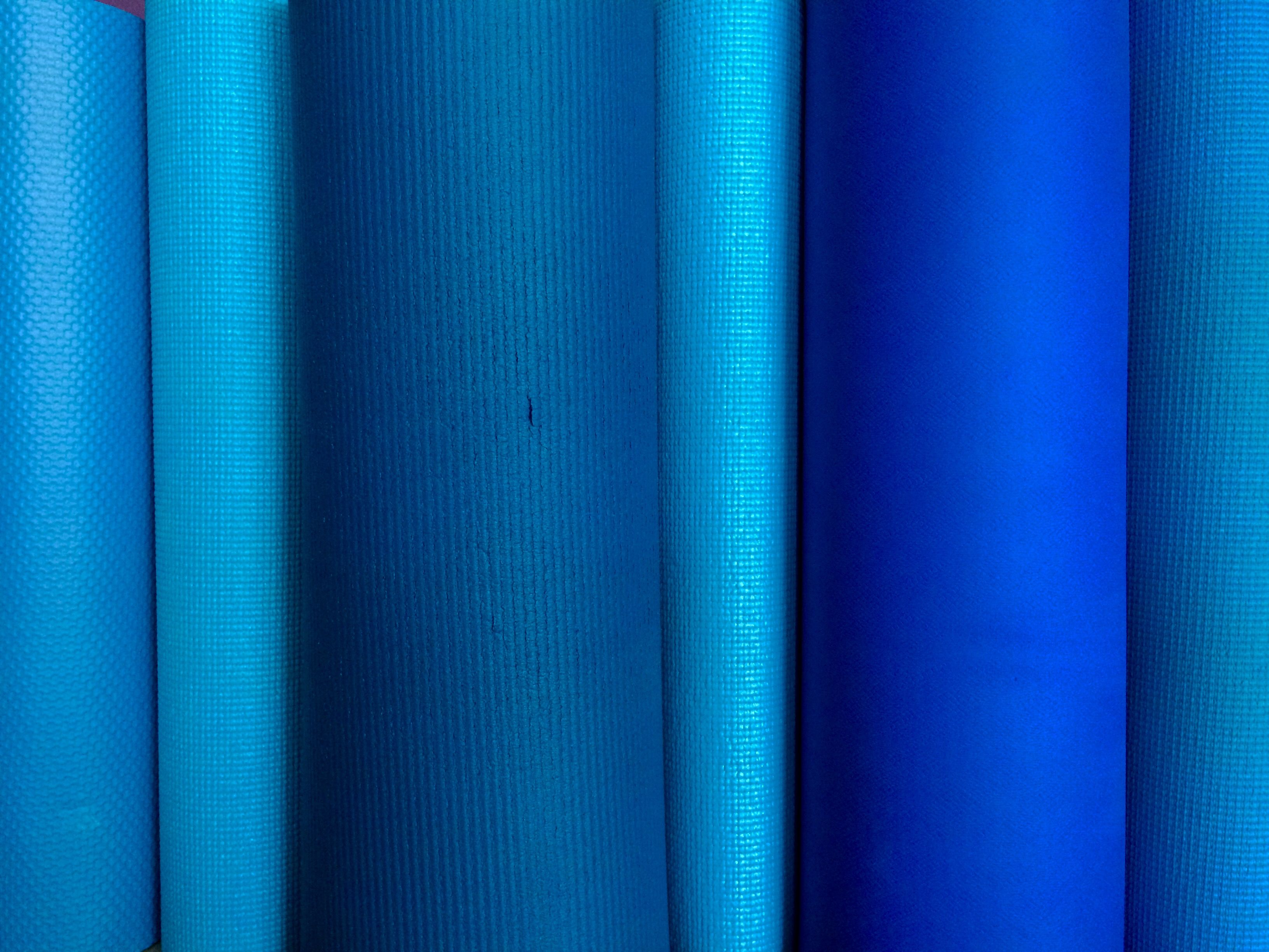 Blue color meanings how to use shades of blue in design for Shades of blue colours