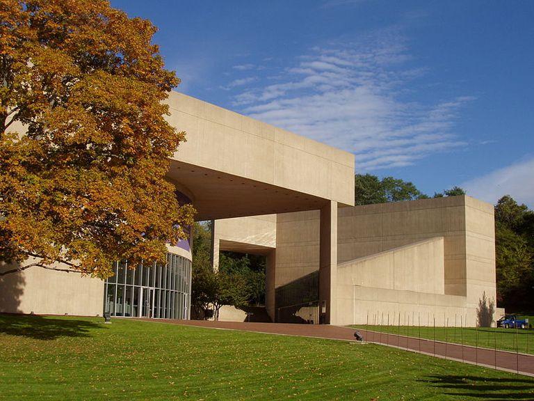 Paul Mellon Arts Center at Choate Rosemary Hall