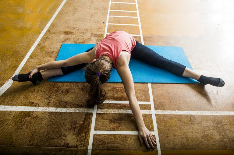 El acondicionamiento físico para el bailarín debe incluir ejercicios de relajación.