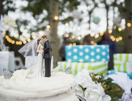 What is a wedding registry all about wedding registries the biggest wedding registry mistakes solutioingenieria Image collections