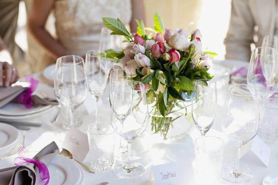 Wedding guest table setting