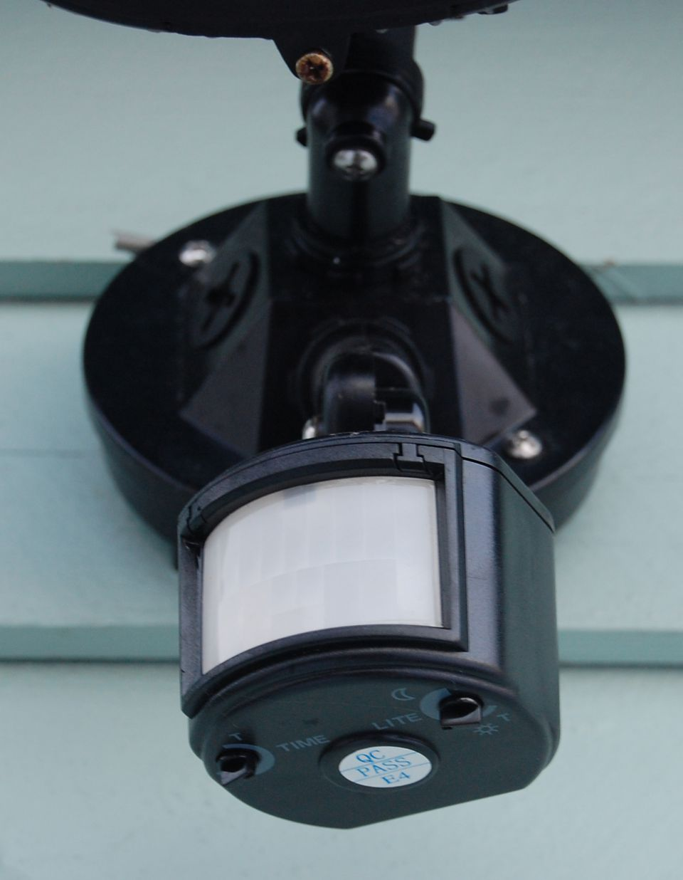 Security Lights That Detect Motion And Body Heat