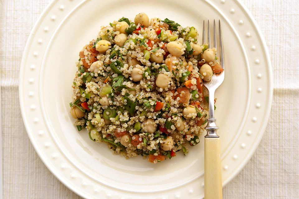 Quinoa, Tuna and Chickpea Salad