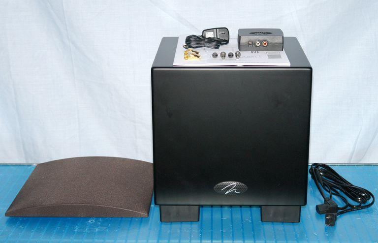 Martin Logan Dynamo 700w Wireless Subwoofer with Accessories