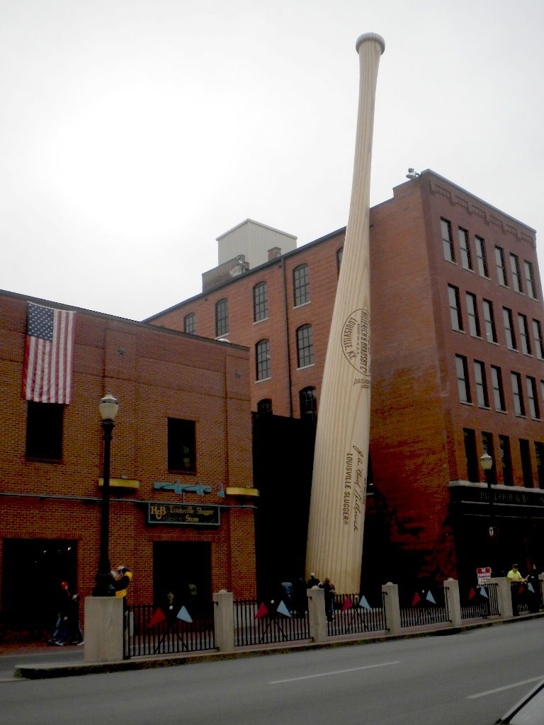 Louisville Slugger Museum on Main Street in Louisville