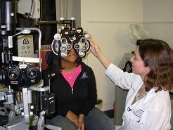 Eye exam by optometrist