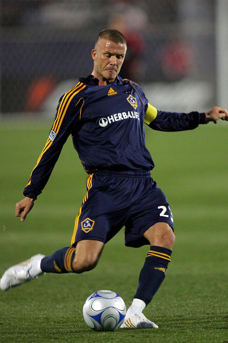 FRISCO, TX - MARCH 15: Midfielder David Beckham #23 of the Los Angeles Galaxy moves the ball against FC Dallas during a charity preseason match on March 15, 2008 at Pizza Hut Park in Frisco,Texas.