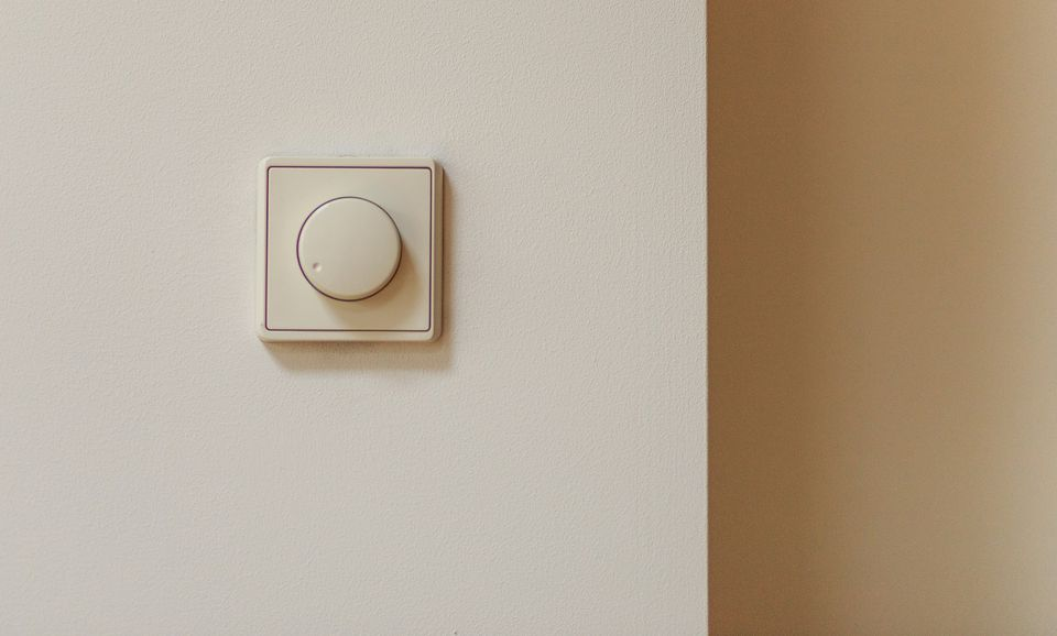 Dimmerswitch on neutral wall