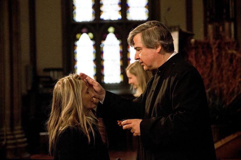 Catholics Mark Start Of Lent With Ash Wednesday