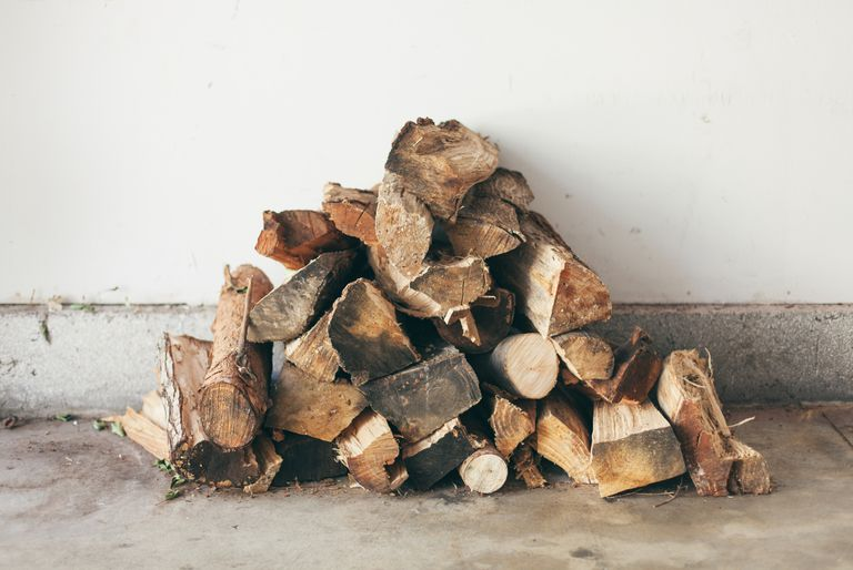Picture of a pile of firewood