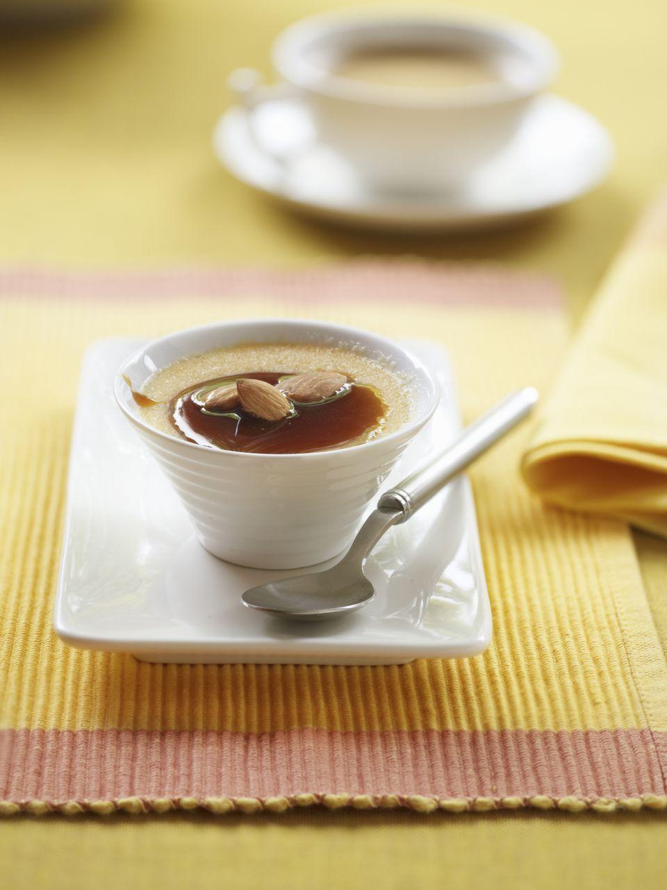 Spanish almond cream with caramel
