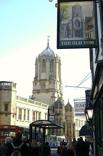 Pictures of Oxford - Old Tom and the Old Tom Pub