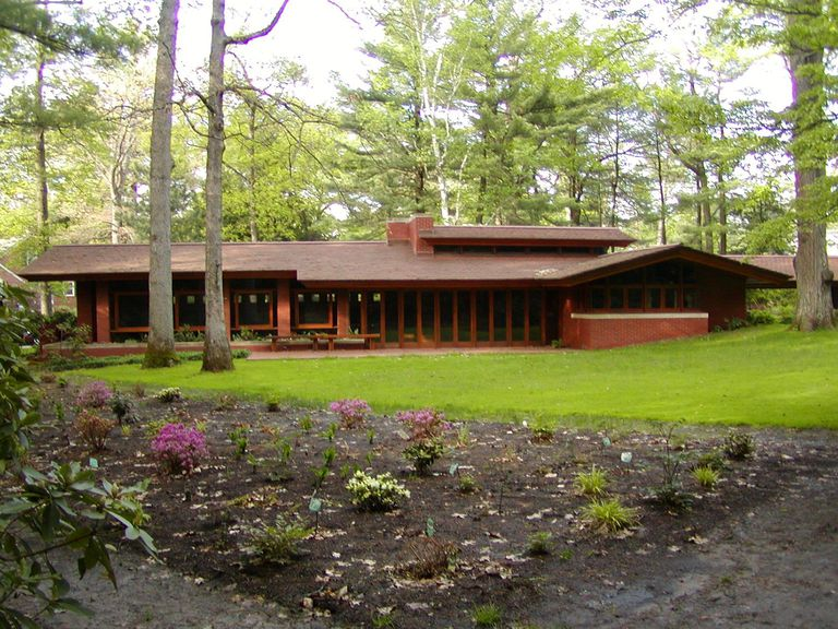 Zimmerman house photos of the new hampshire usonian for Frank lloyd wright inspired house plans