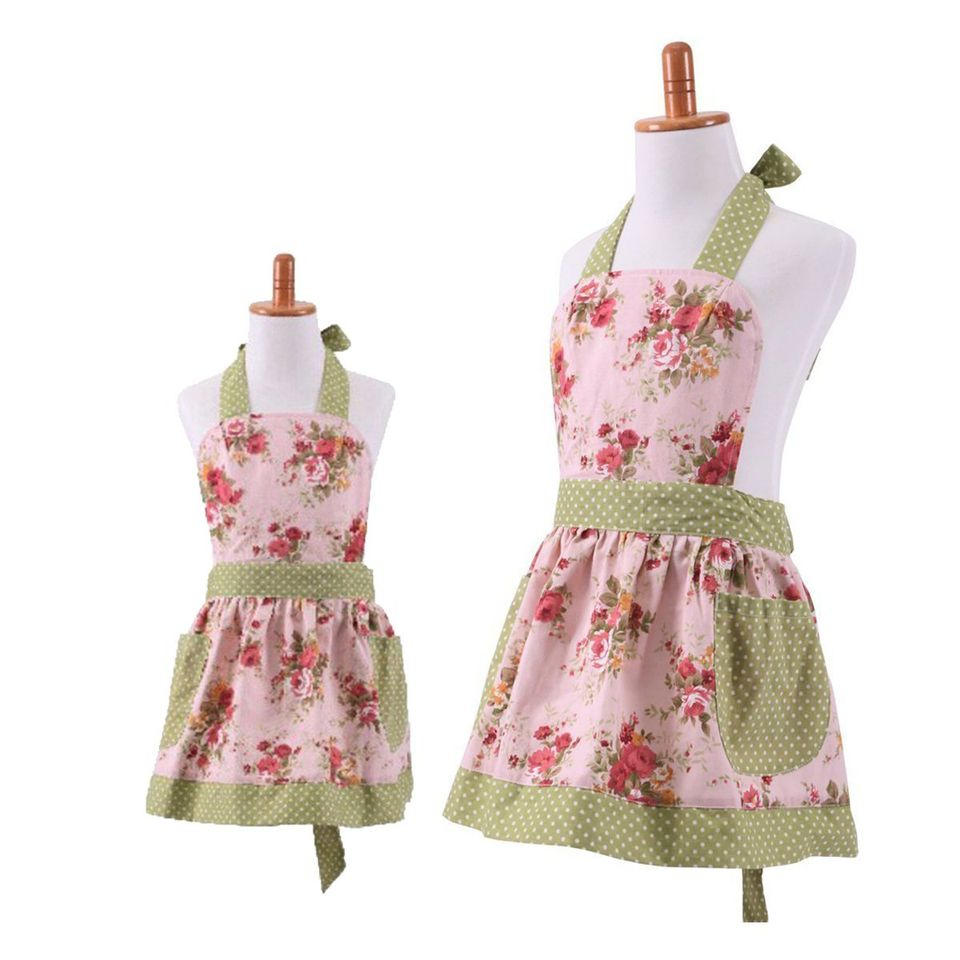 apron set for gift for grandmother and granddaughter