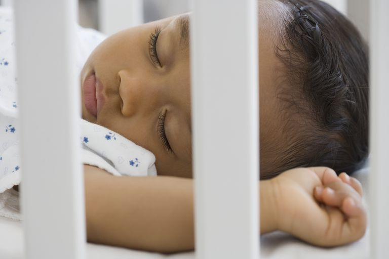 baby sleeping crib