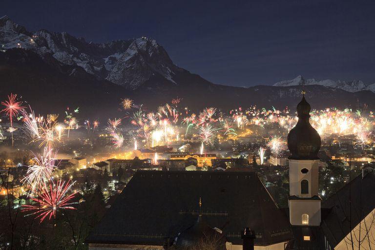 Fireworks at New Year's Eve, Garmisch-Partenkirchen, Bavaria, Germany