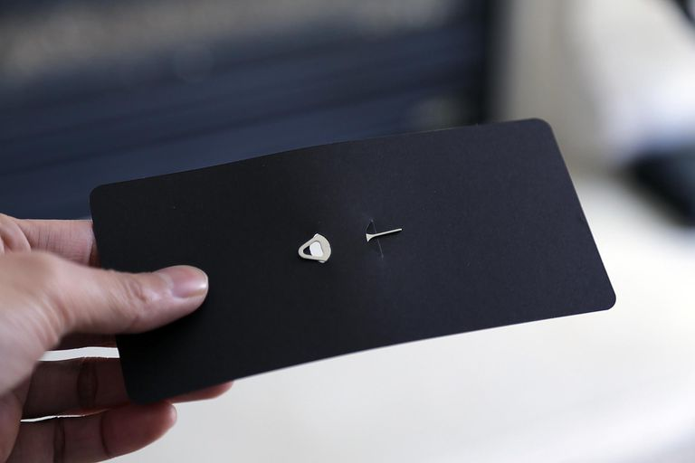 how to change sim card on s7 edge