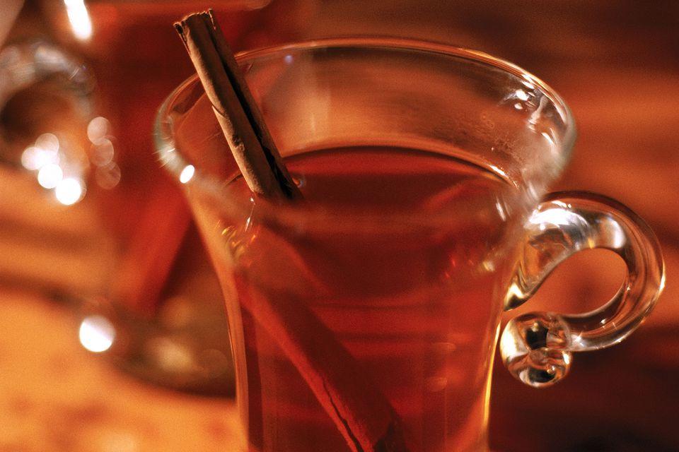 Maker's Mark Steelers Cider Cocktail
