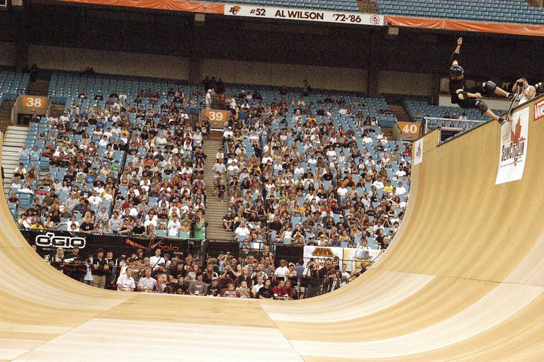 Rock and Roll Skateboarding Trick Tip - Slam City Jam