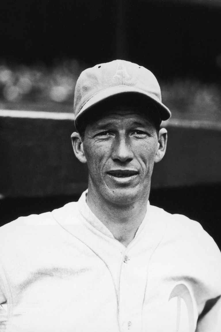 circa 1930: Portrait of American baseball player Robert 'Lefty' Grove (1900 - 1975), pitcher for the Philadelphia Athletics, wearing his uniform and cap.