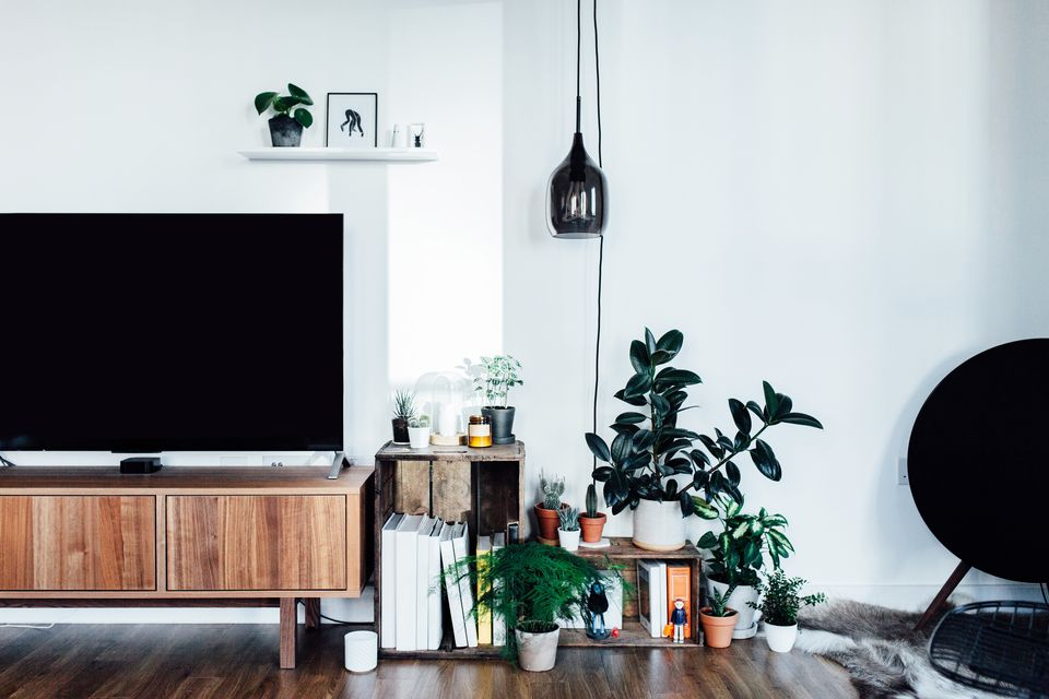 Organize the Living Room in 30 Minutes