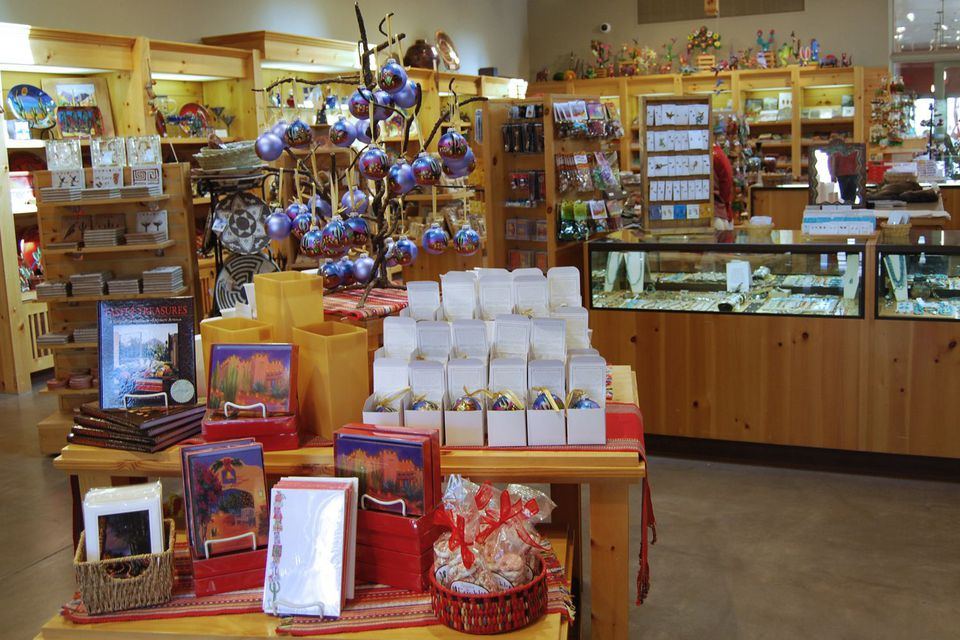 Desert Botanical Garden Gift Shop