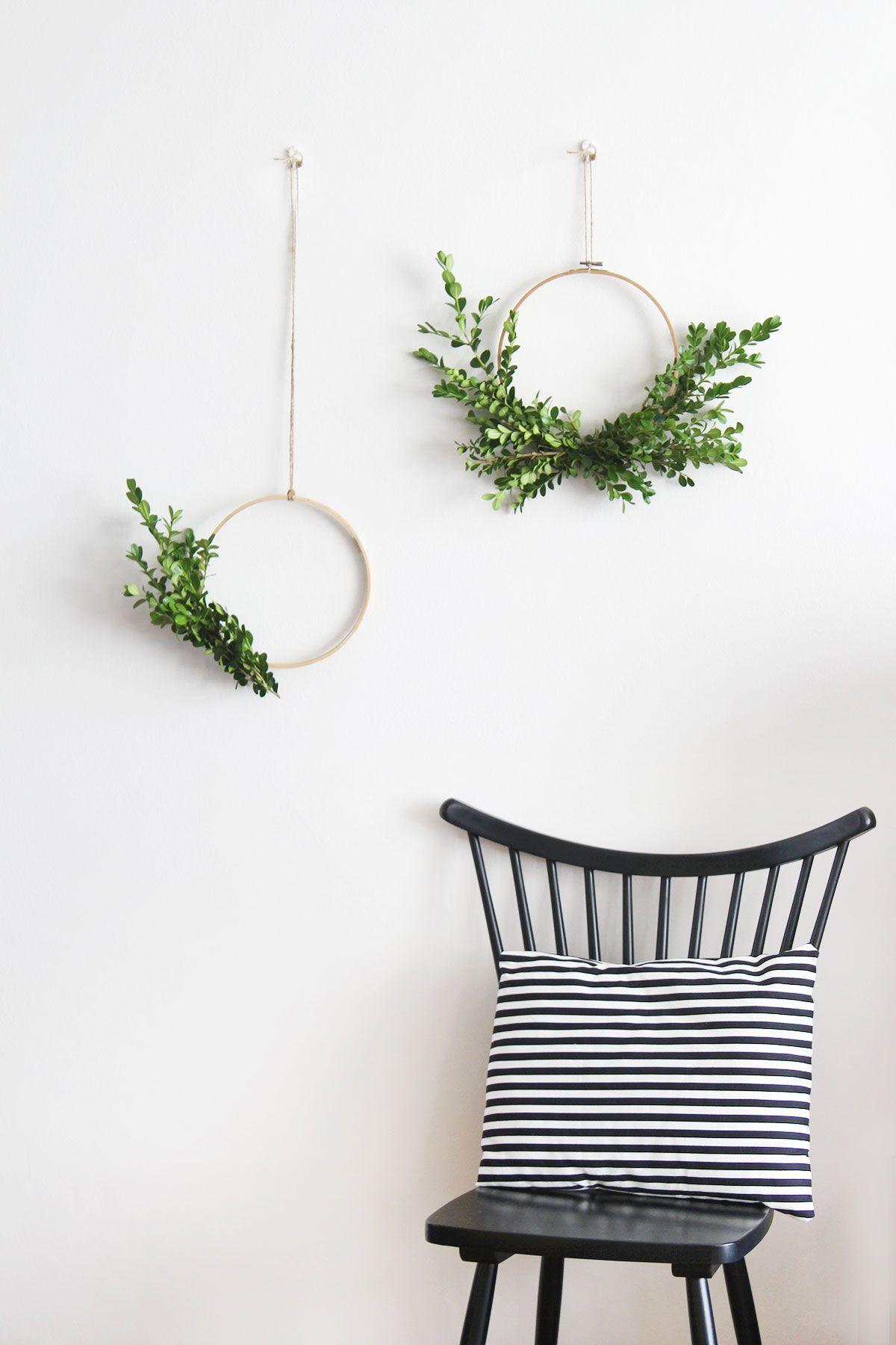 10 Minimalist Christmas Decorating Ideas to Incorporate Now