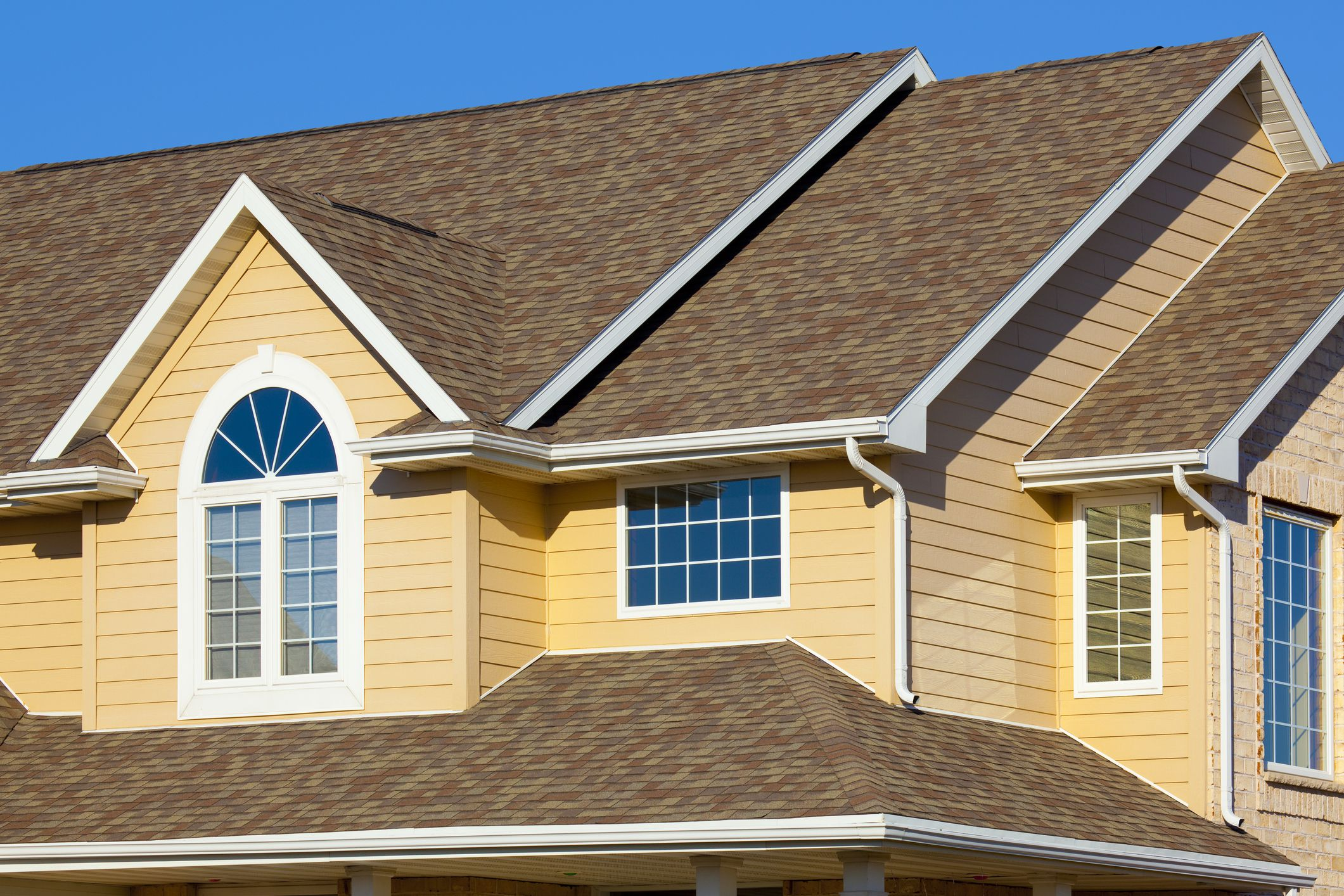 facts about vinyl siding the colors it comes in durability and more home exterior basics