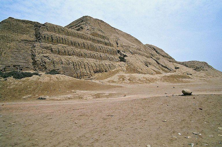 Huaca del Sol, Peru