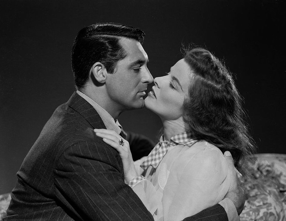 13th July 1940: Katharine Hepburn (1907 - 2003) and Cary Grant (1904 - 1986) are the ex-husband and wife who rediscover their love for each other in 'The Philadelphia Story', directed by George Cukor.