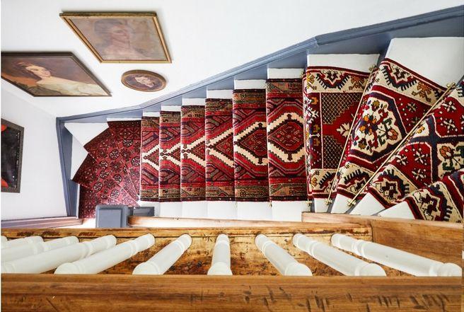 stair runner Kaleen carpet