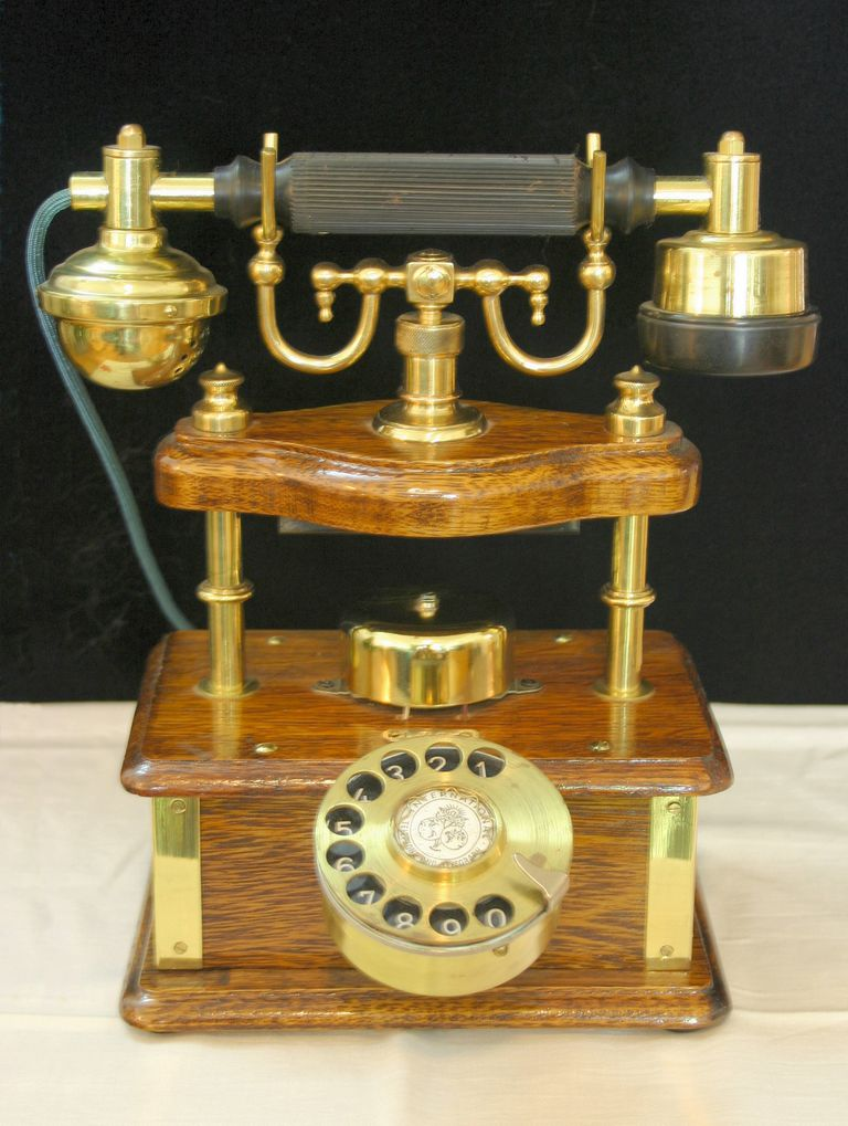 How a telephone works - overview