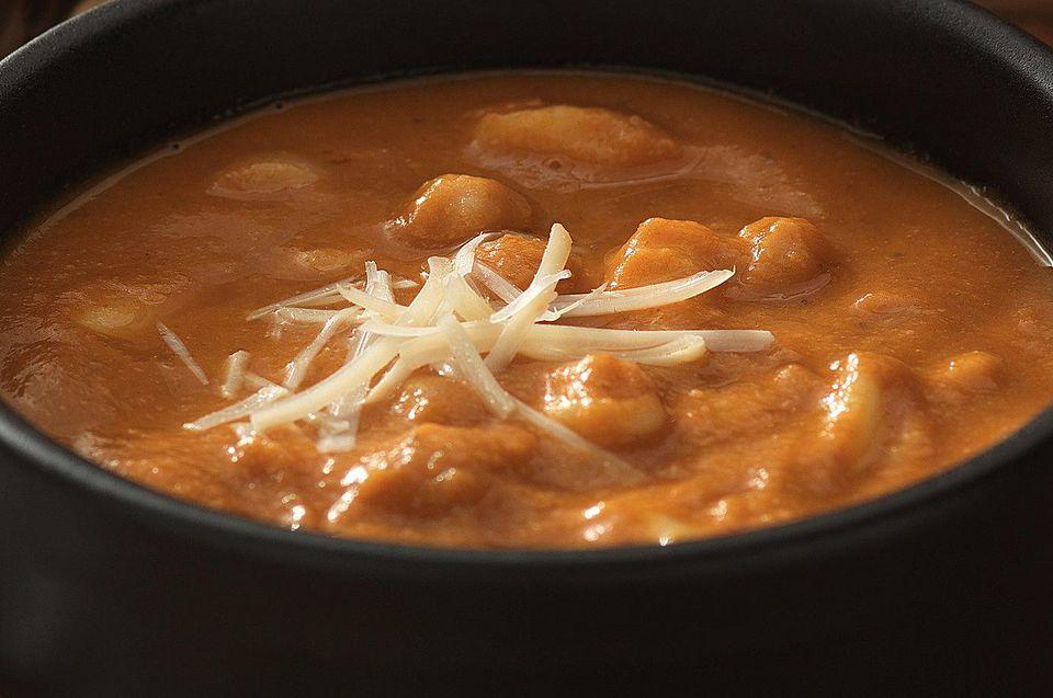 Vegetarian Tuscan bean soup