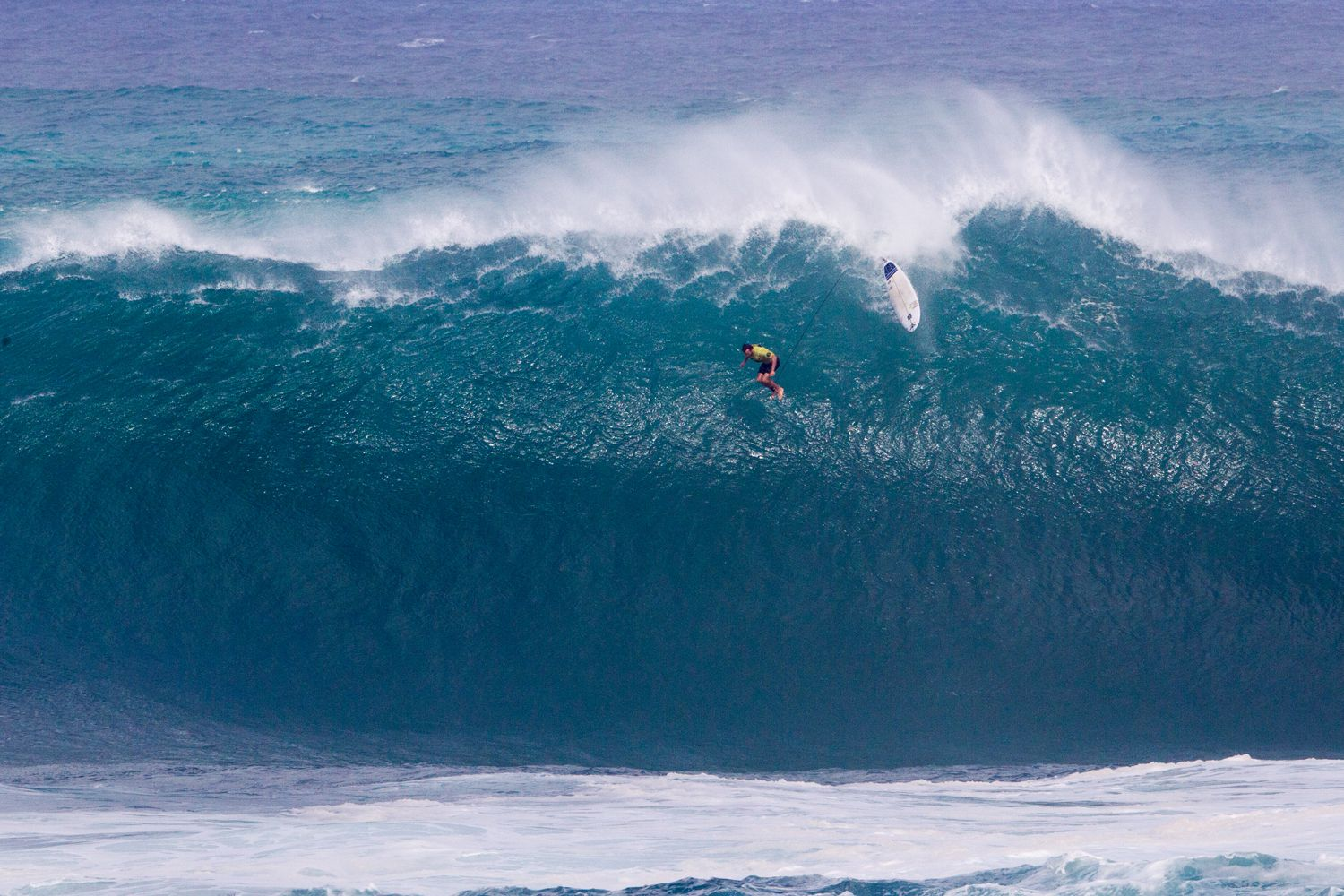 10 Of The Biggest Surfable Waves On The Planet