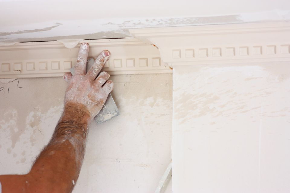 How to Remove Trim or Molding Without Breaking It