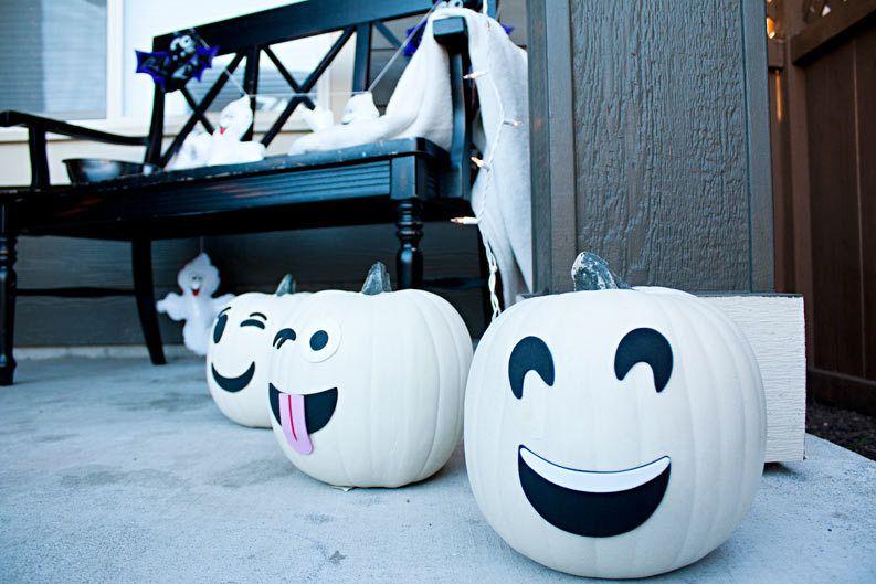Ghost-emojis-pumpkins