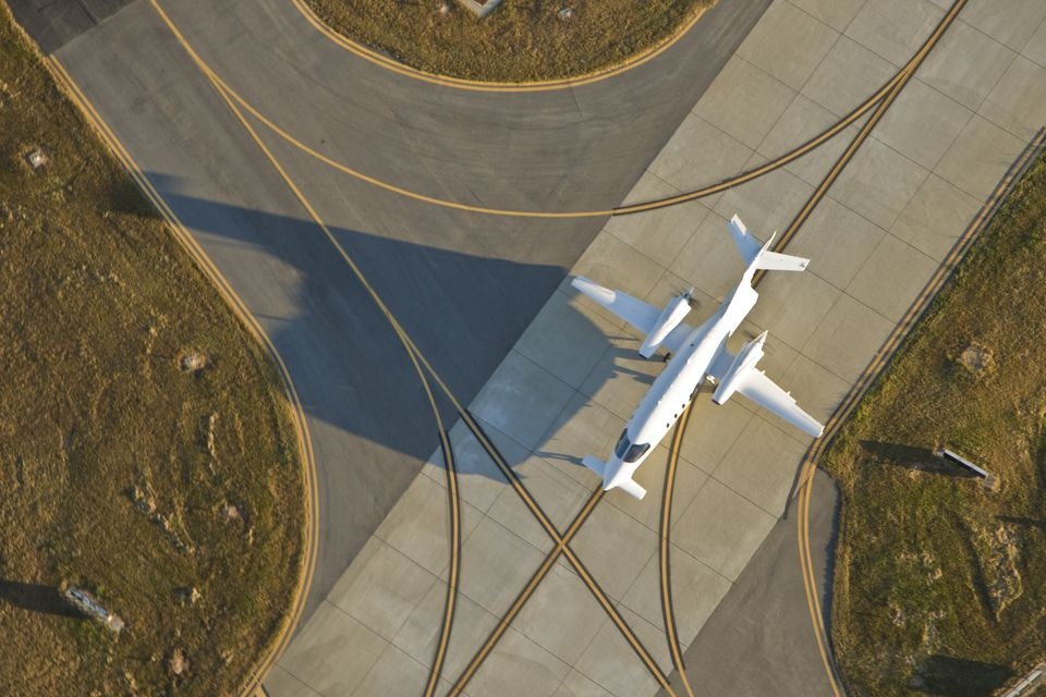 An aerial view of an airplane at Dekalb-Peachtree Airport