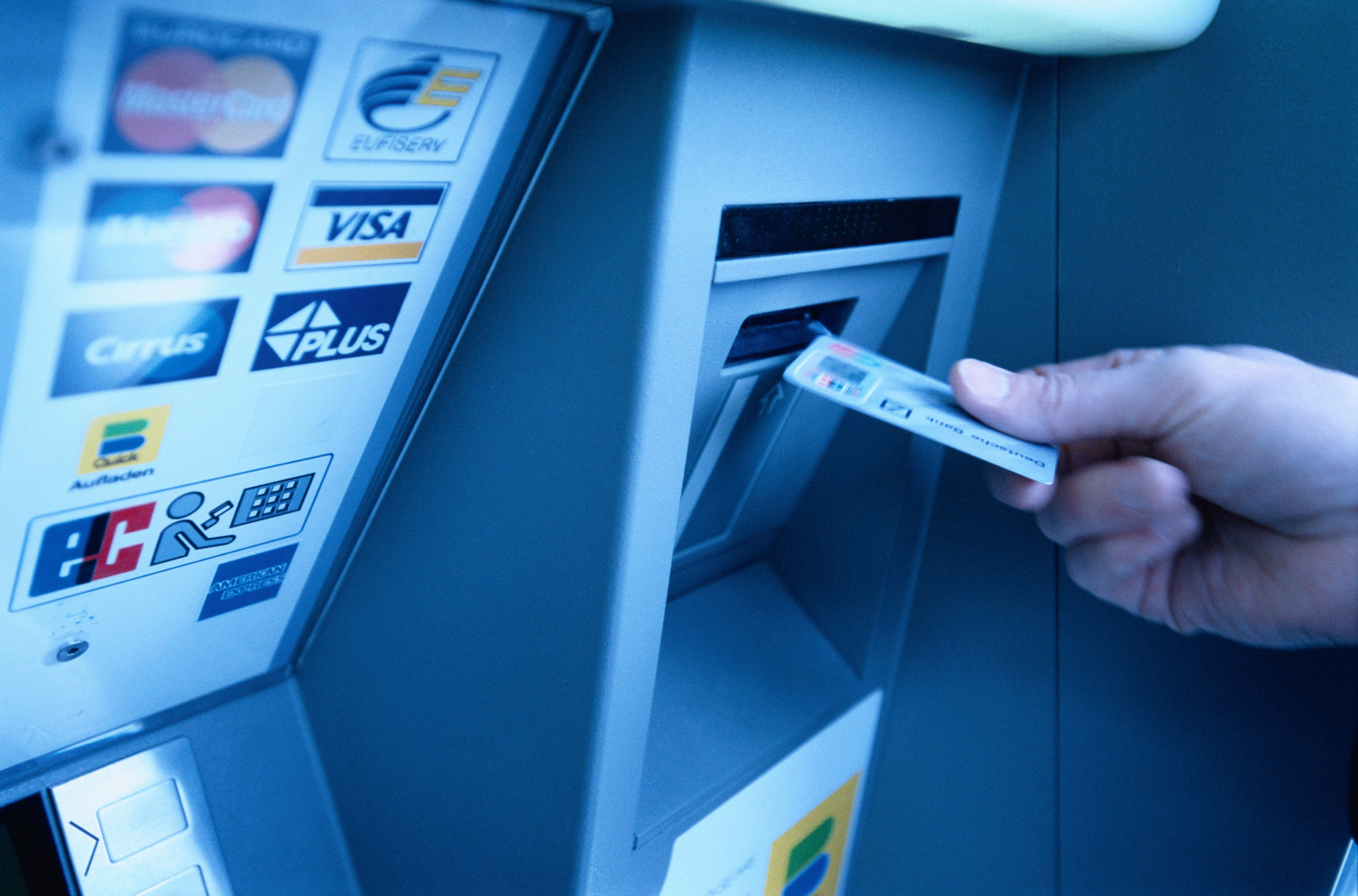 Paying online with credit card securely