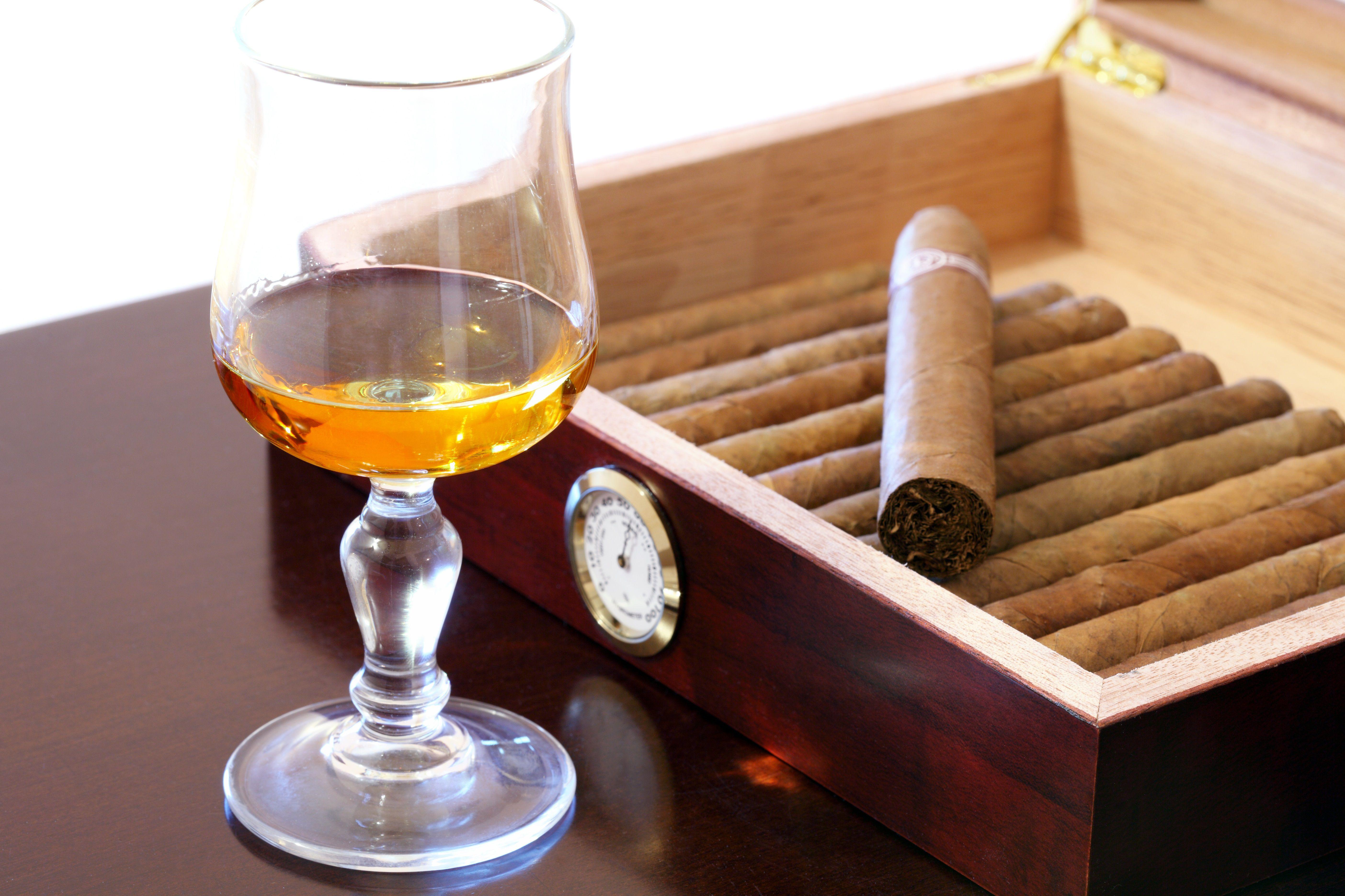 Cigar Slideshow How to Smoke a Cigar