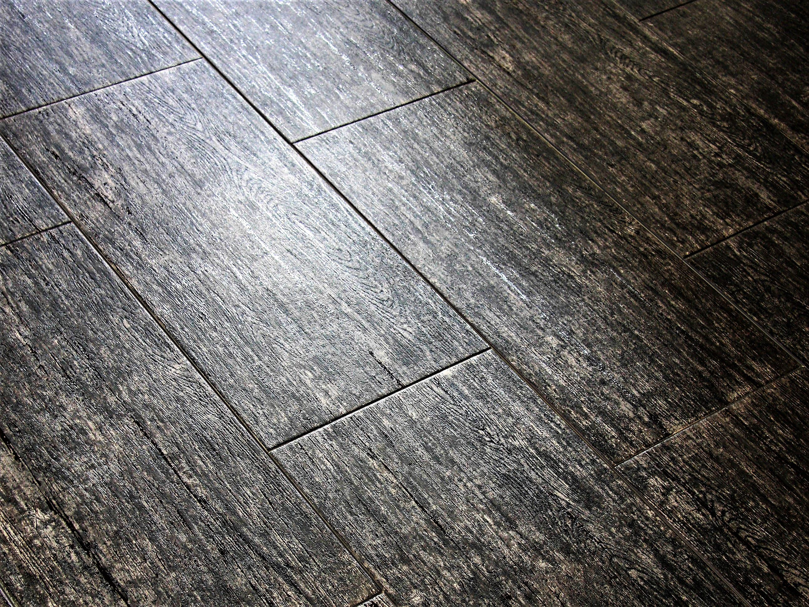 The basics of wood look ceramic tile for Wooden floor tiles