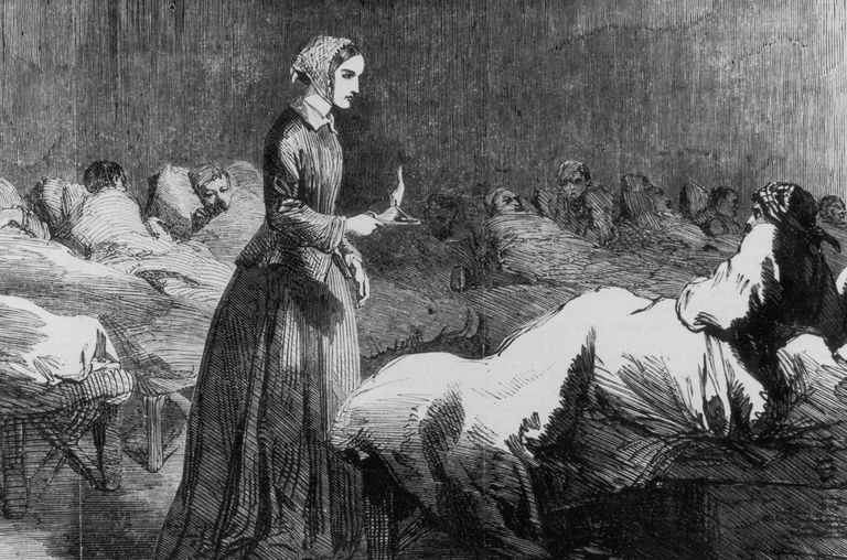 Illustration of Florence Nightingale in a Crimean War hospital
